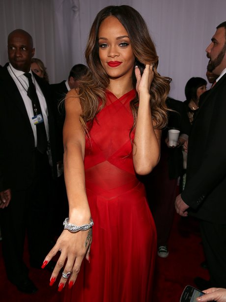 Rihanna arrives at the Grammy Awards 2013