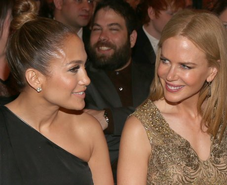 simon konecki photbombs nicole kidman and j-lo