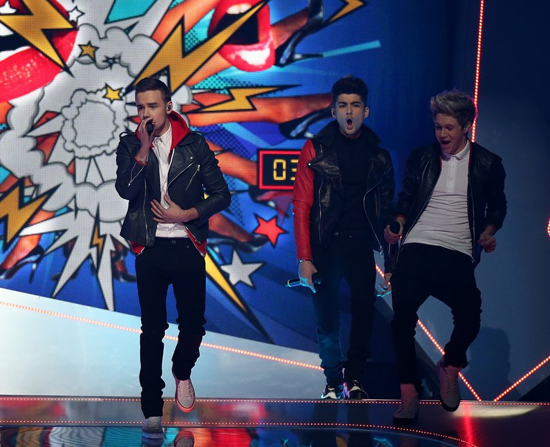 One Direction BRIT Awards 2013 Performance