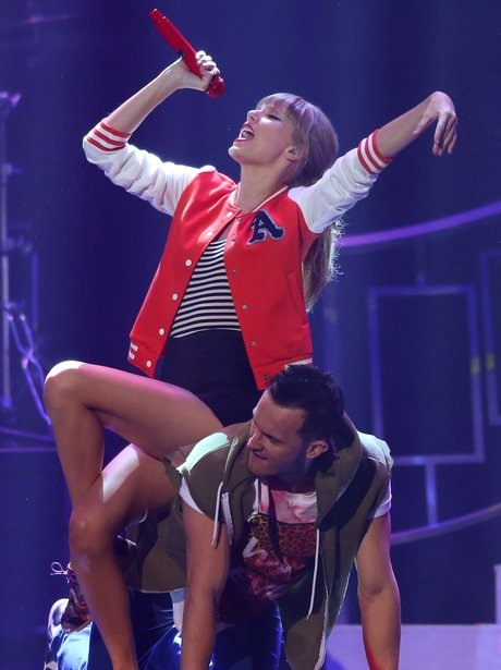 Taylor Swift performs on her 'Red' tour