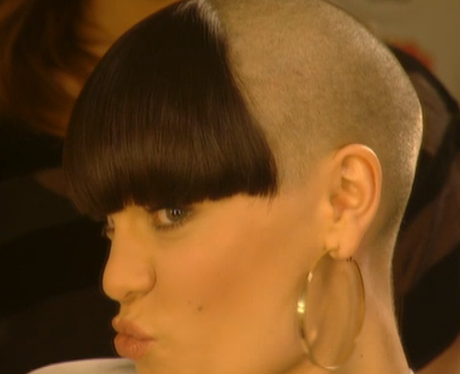jessie j during her charity head shave