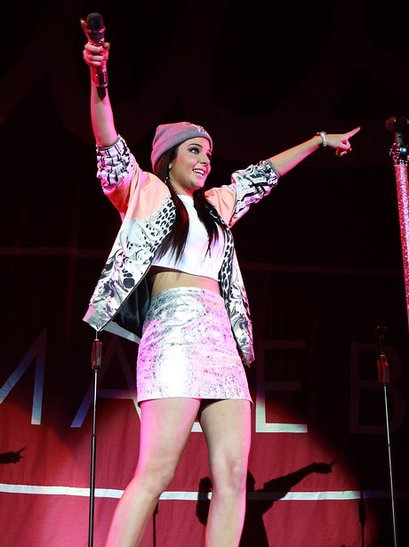 Tulisa live in concert, supporting Ne-Yo