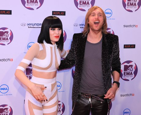 Jessie J and David Guetta on the red carpet