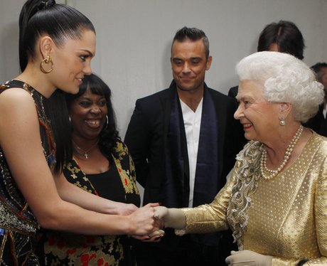 jessie j shaking hands with the Queen