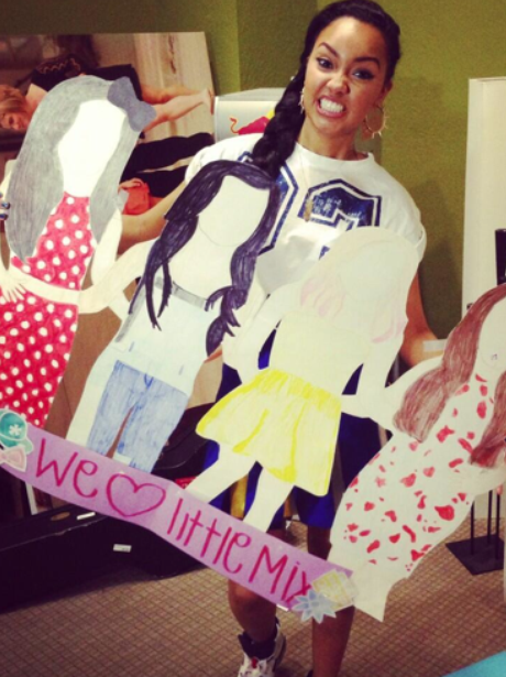 Little Mix Leigh-Anne shows off some fan art