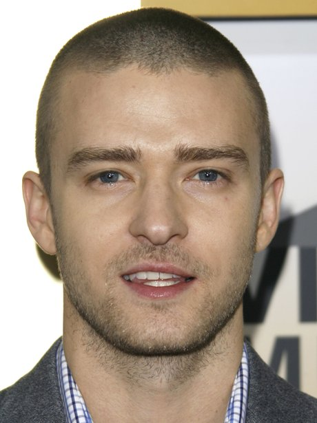 Justin Timberlake with shaved head in 2006
