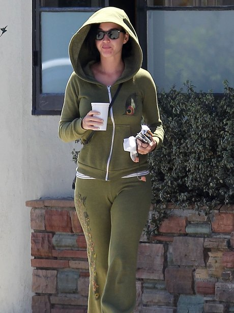katy Perry wearing no makeup