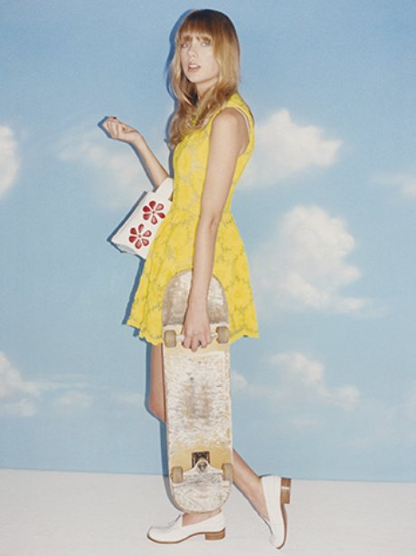 Taylor Swift Looks Ready For The Skatepark In Wonderland ...