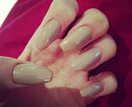 Jessie J shares a nails picture