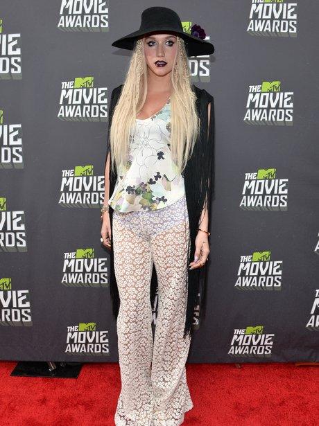 Ke$ha arrives at the 2013 MTV Movie Awards