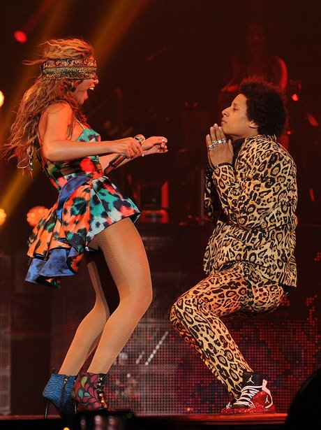 Beyonce blindfolded on stage