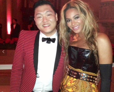 Beyonce and PSY together at the MET Gala Ball 2013