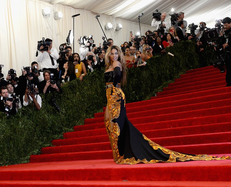 Beyonce posing on the red carpet