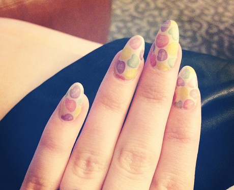 guess the pop star nail art