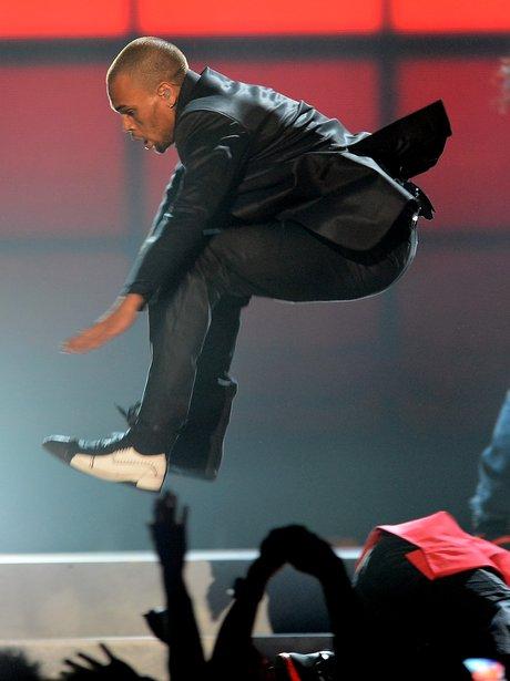 Chris Brown performing 'Fine China' at the 2013 Billboard Music Awards