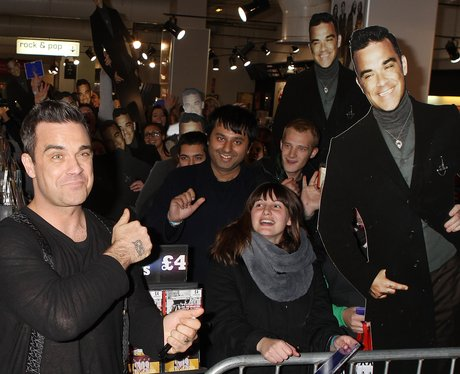 Robbie Williams with fans