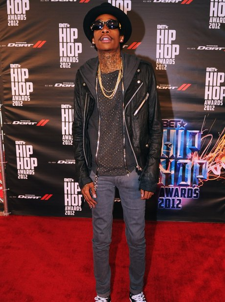 Wiz Khalifa wearing skinny fit jeans at the Hip Hop Awards 2012