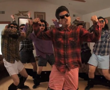 Bruno Mars in his 'The Lazy Song' music video