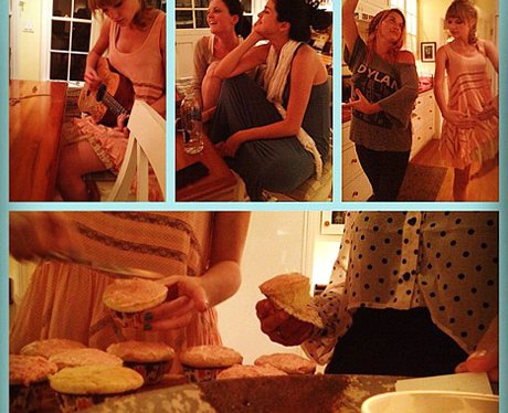Selena Gomez and Taylor Swift cooking