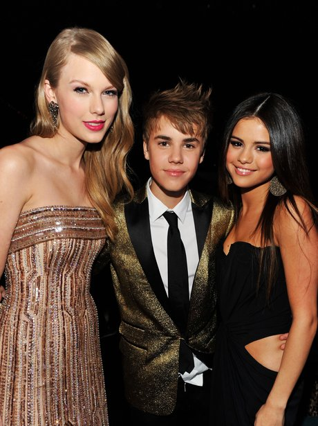Taylor Swift, Justin Bieber and Selena Gomez hugging