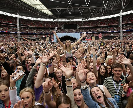 Crowd At The Summertime Ball 2013