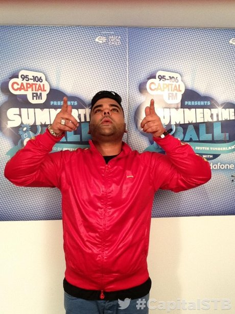 Naughty Boy At the Summertime Ball 2013 Twitter Mirror
