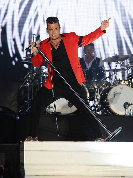 Robbie Williams At The Summertime Ball 2013