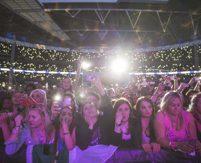 Crowds at the Summertime Ball 2013