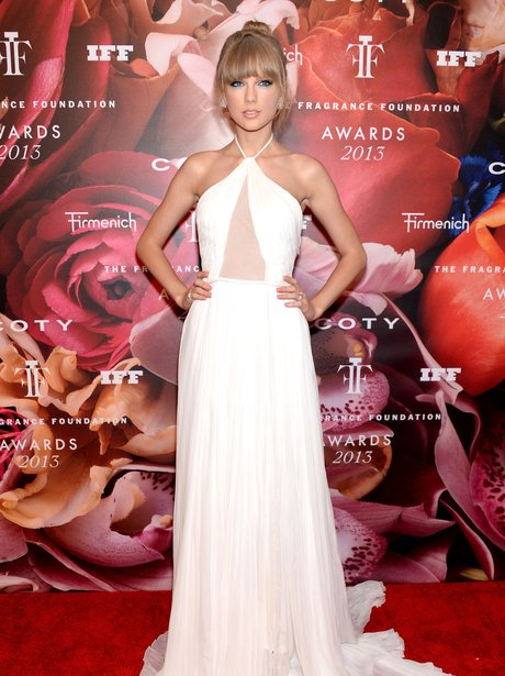 Taylor Swift attends the frangrance awards
