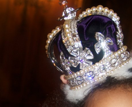 Blue Ivy wearing a crown