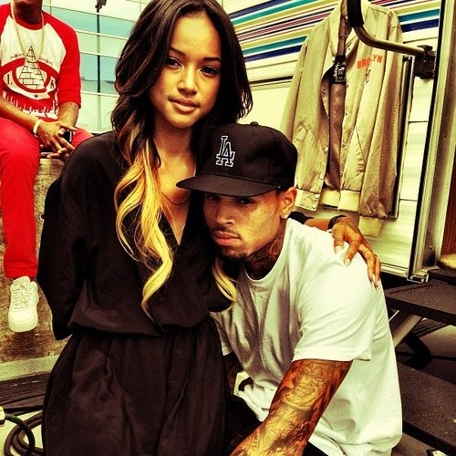 Chris Brown Apologises For Cheating On Karruche Tran In New