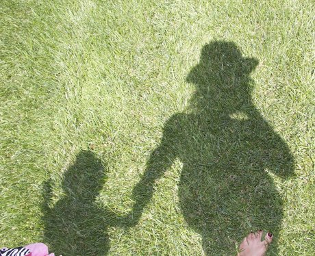 Beyonce and Blue Ivy Shadows