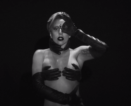 Lady Gaga 'Applause' Music Video