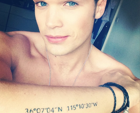 Josh Cuthbert from Union J shows off a new tattoo