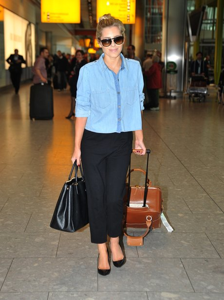 Mollie King at the airport