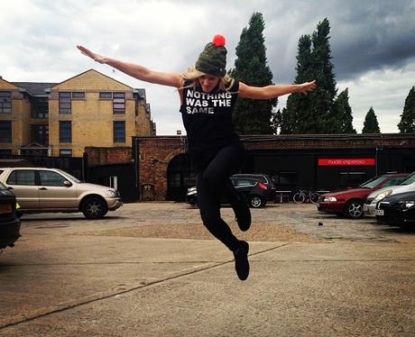 Ellie Goulding jumping