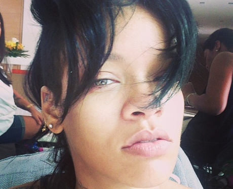 Rihanna wearing no make-up