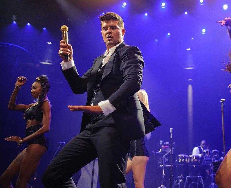 Robin Thicke iTunes Festival 2013