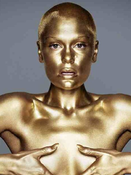 Jessie j painted gold
