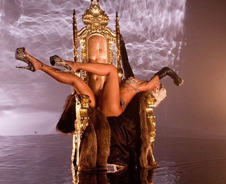 Rihanna 'Pour It Up' Music Video