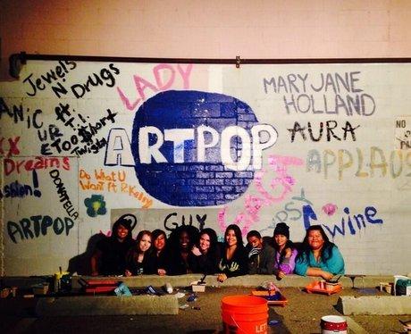 Lady Gaga ARTPOP Mural Twitter