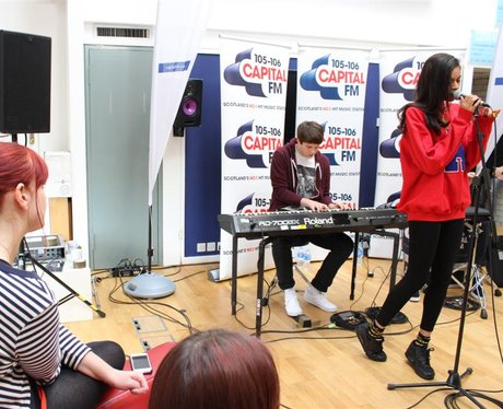 AlunaGeorge live at Capital