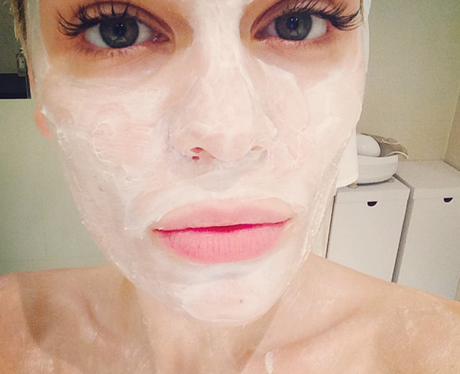 Jessie J Facemask
