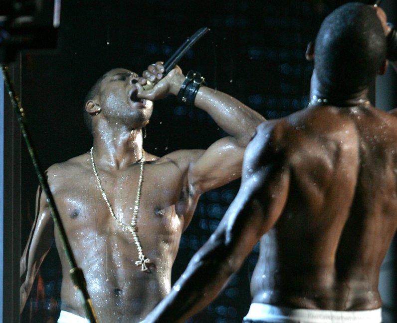 Usher MTV VMA 2004