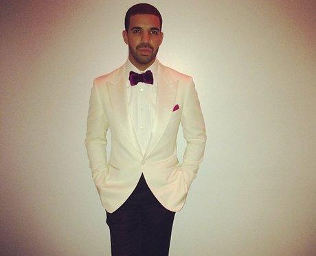 Drake Selfie