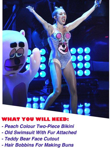 Miley Cyrus MTV VMAs 2013 Halloween