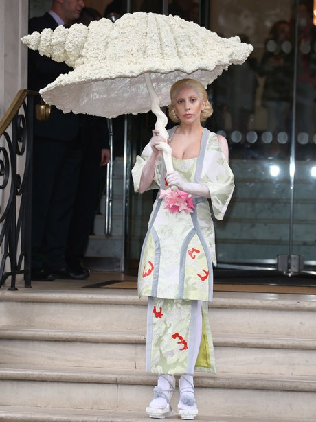 Lady Gaga Geisha outfit in London