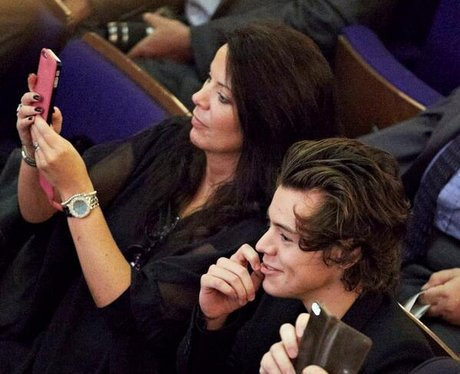 Harry Styles with his mum