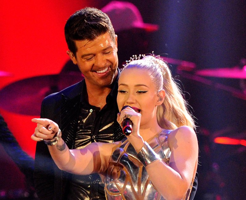 Robin Thicke and Iggy Azalea perform live on stage