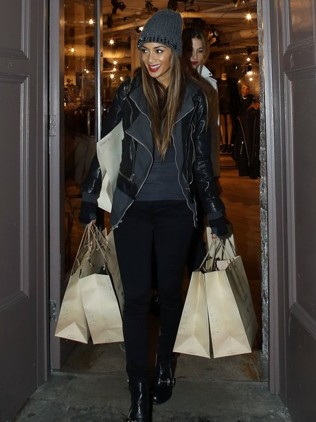 Nicole Scherzinger shopping